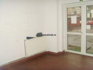Apartament 3 camere de inchiriat in Targoviste- pretabil cabinet, sediu firma