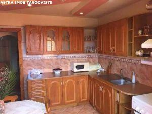 Apartament 3 camere de vanzare in Targoviste- Micro 11