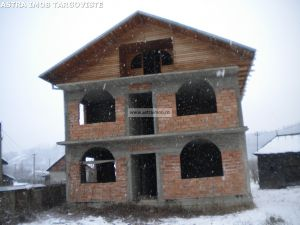 Casa P+1 de vanzare in Voinesti- Dambovita