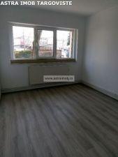 Spatiu comercial/ birouri de inchiriat in Targoviste- Micro 6