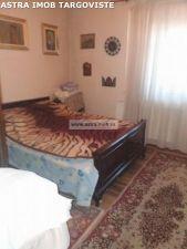 Apartament 3 camere de vanzare in Targoviste- B-dul Regele Carol