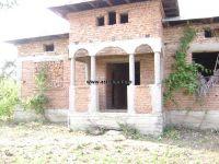 Casa la rosu de vanzare in Meri- Mogosani la 3 Km de Gaesti - ,