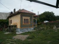 Casa batraneasca cu teren 1600 mp de vanzare in Gheboieni - ,