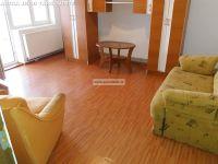 Apartament 3 camere de inchiriat in Targoviste- CFR - , Central
