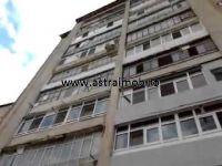 Apartament 3 camere de vanzare in Targoviste, micro 4 - 3 Camere, Micro - 04